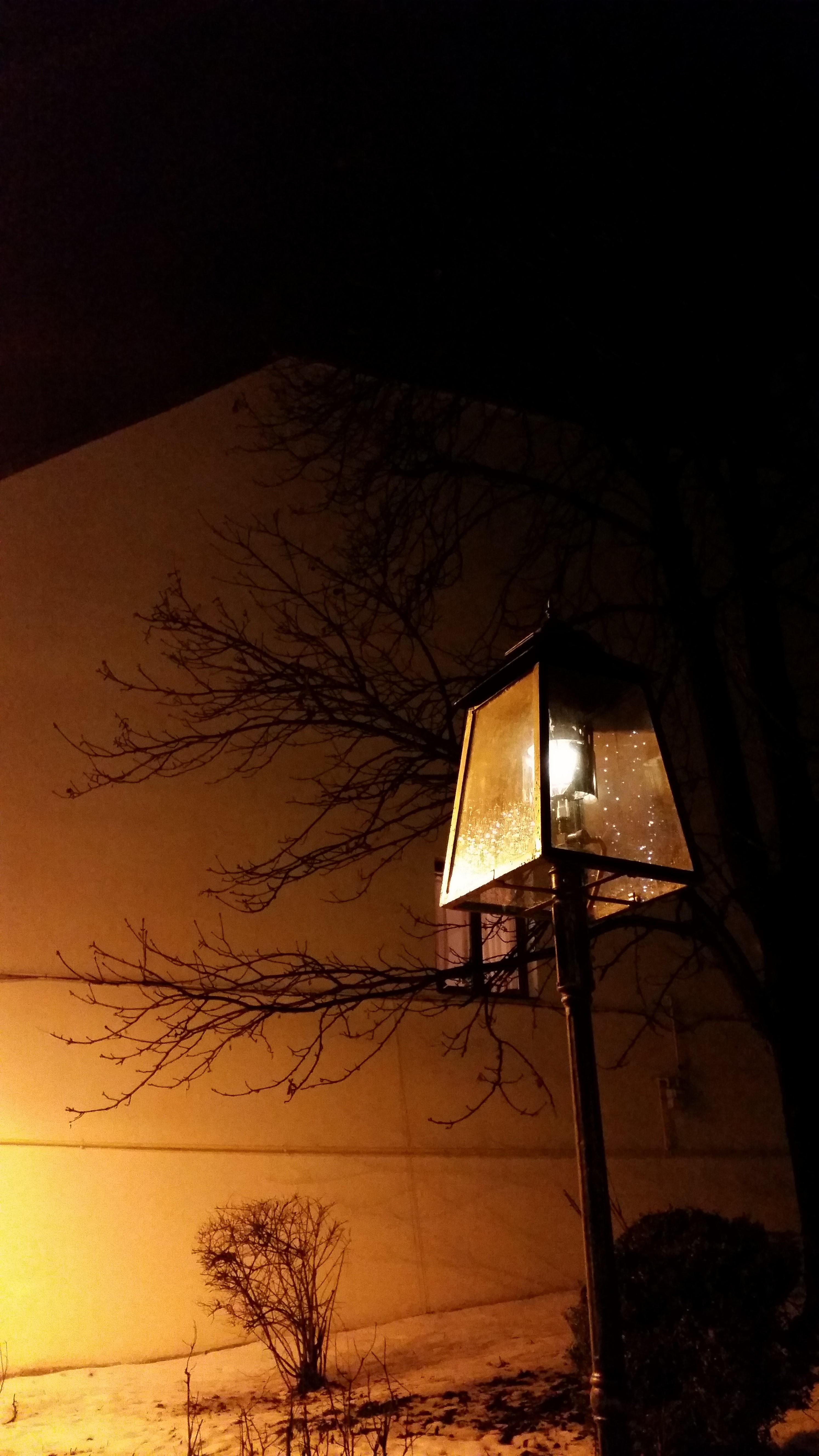 Úgy ragyogjon a ti világosságotok az emberek előt...